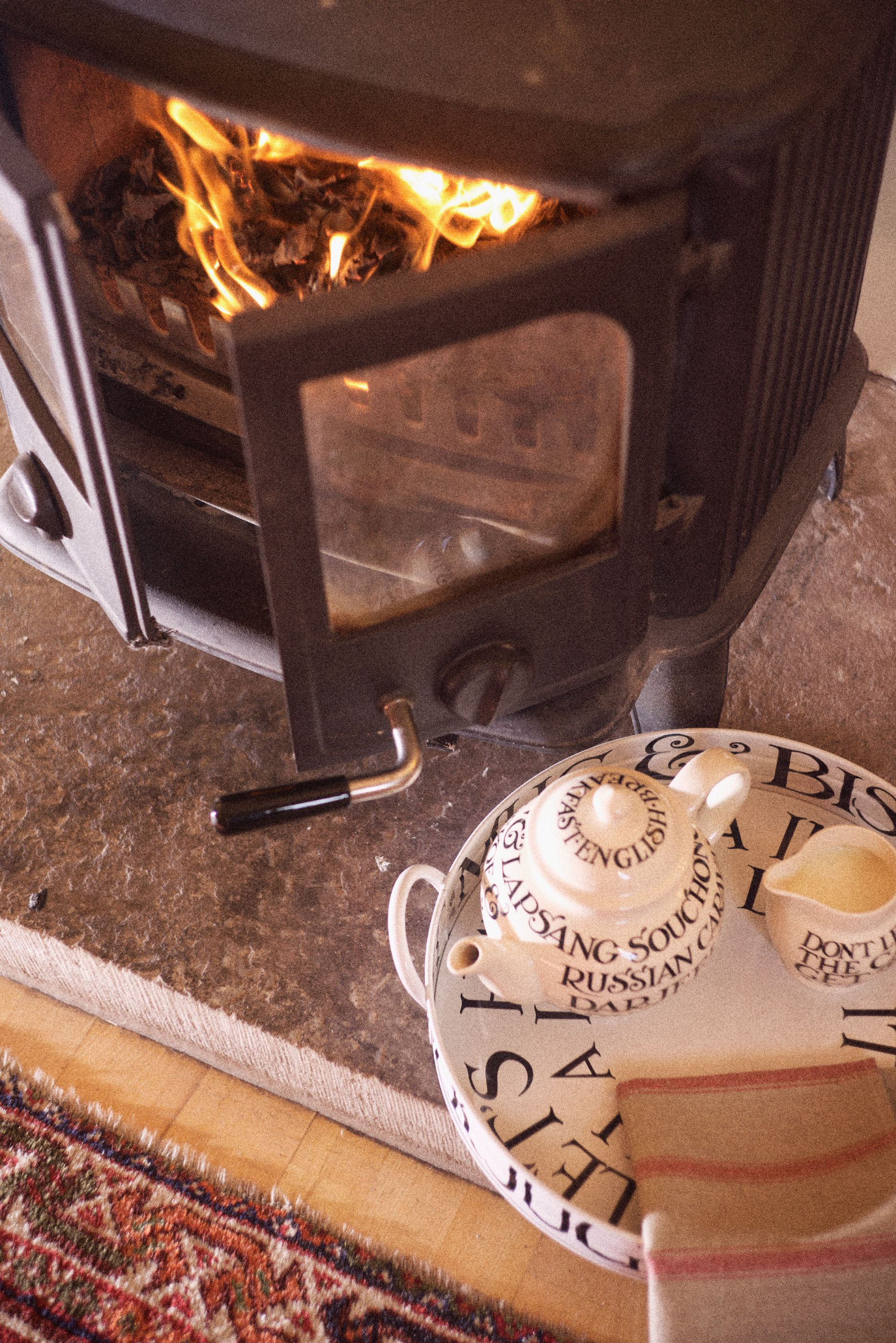 blazing fires and warming cups of tea holiday cottage near