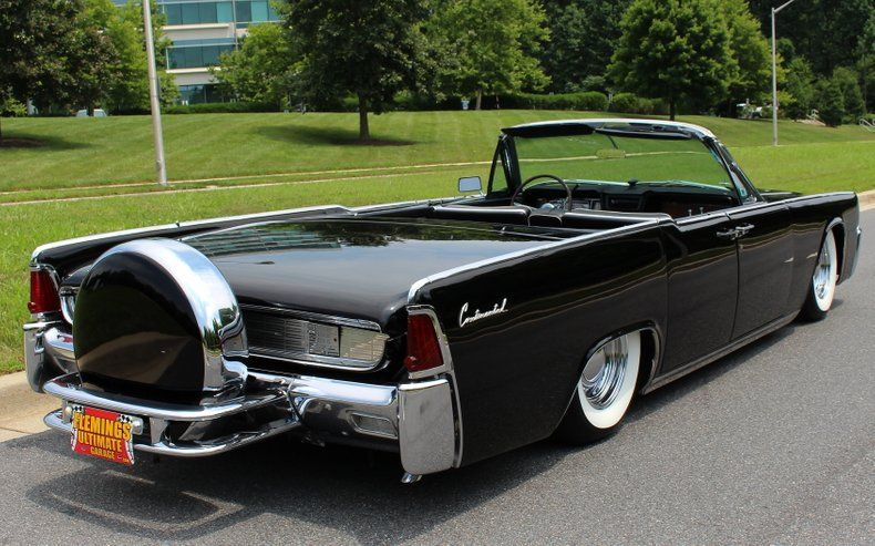 1962 Lincoln Continental Sedan Convertible With Continental Kit Custom Lincoln Continental Lincoln Cars Lincoln Motor