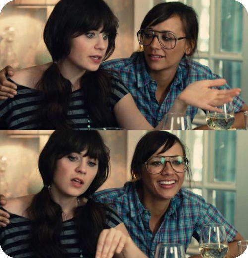 Queen Of Nothing Rashida Was Hot Even With Those Glasses Zooey Dechanel Alycia Debnam Carey Movies