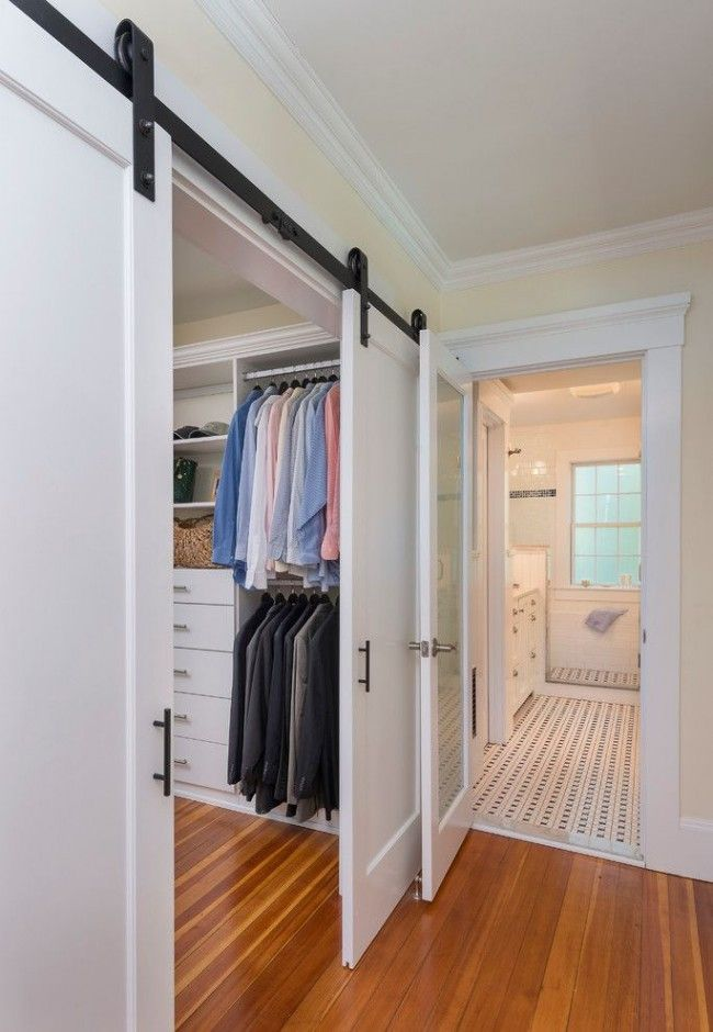 Дверь купе в гардеробную своими руками
