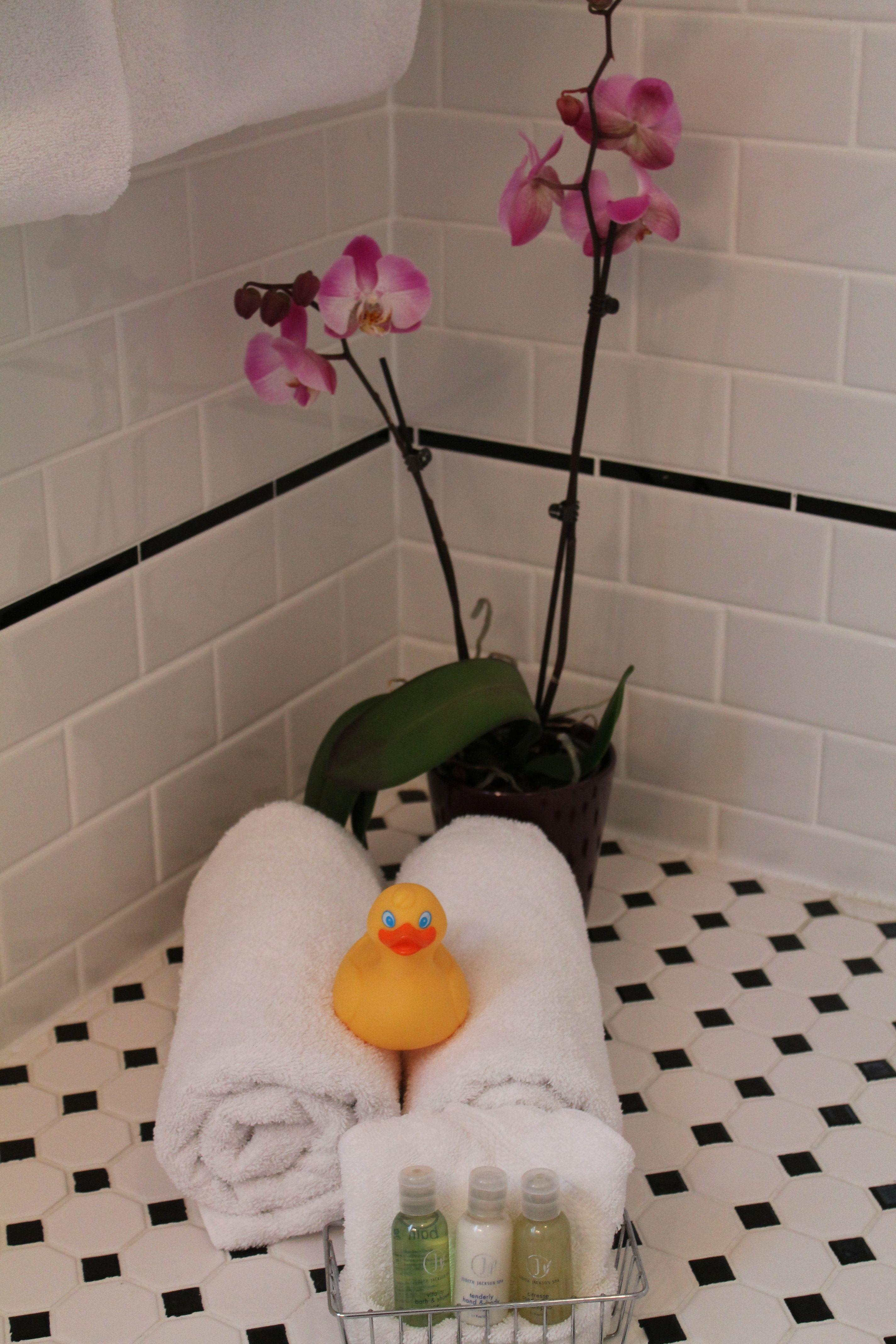Bathroom amenities \u0026 towels in the Verandah room at the Charles ...