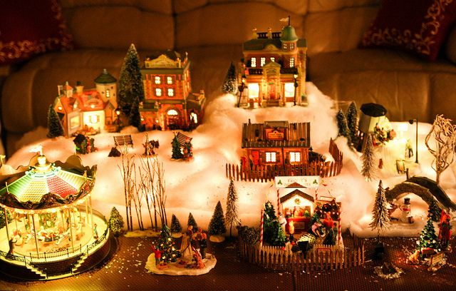 Village On Coffee Table Christmas Villages Christmas Deco Christmas Toy Village