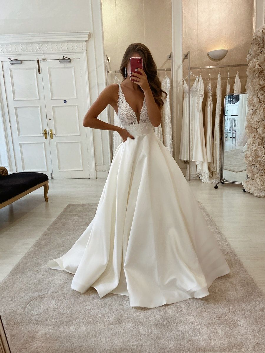View The Eleganza Bridal Collection Lookbook Online Visit Our Flagship Store In Glasgow Sco Cheap Wedding Dresses Online Wedding Dresses Online Wedding Dress