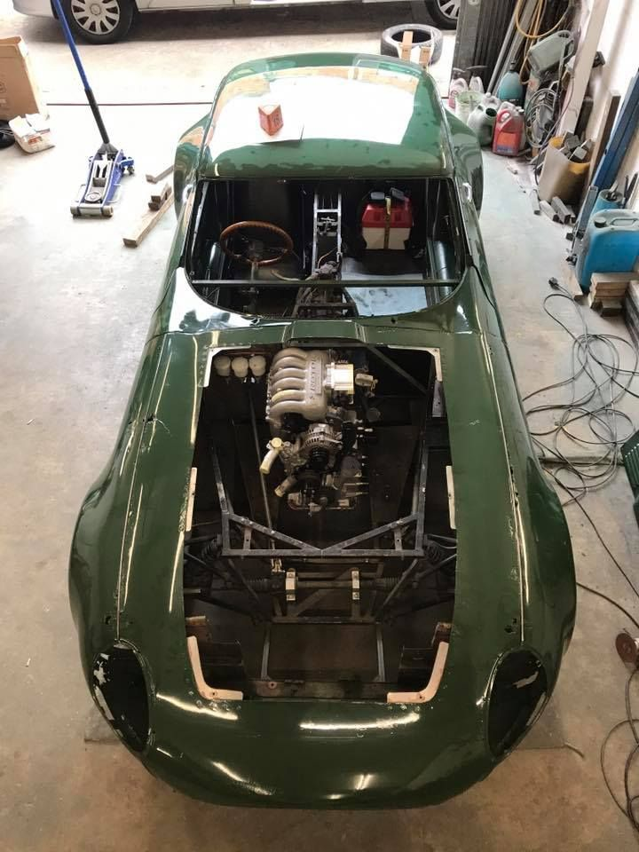 Jaguar E-Type with a Mazda 20B three-rotor | Engine Swaps