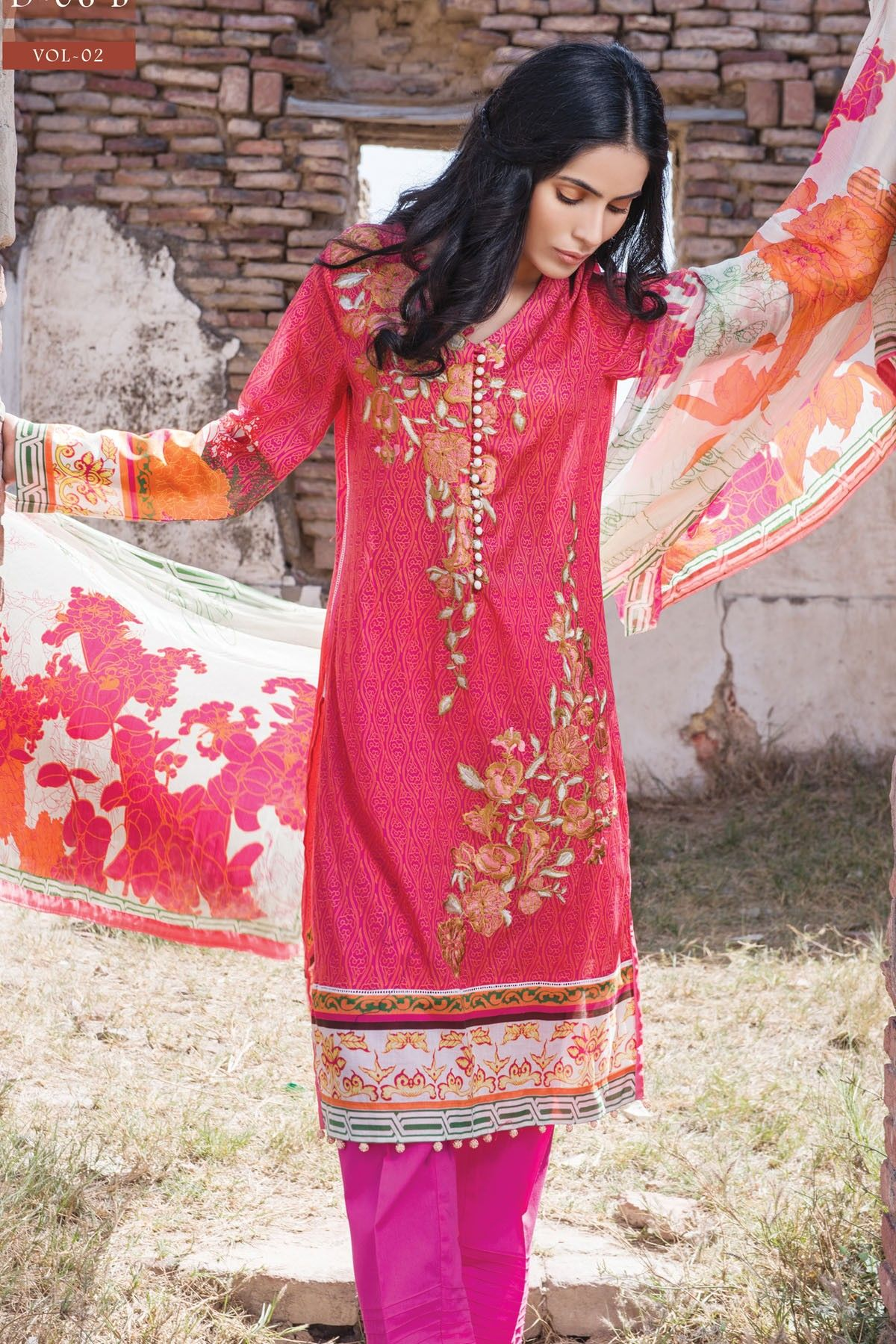 Buy Lawn zeniya by deepak perwani latest collection pictures trends