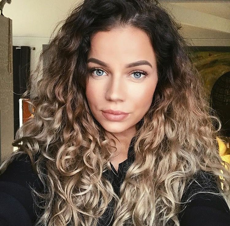 Want Curls Color All The Things Curly Hair Styles Naturally Hair Styles Ombre Curly Hair