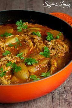 Indisches Schmorgericht mit Hähnchen und Kartoffeln | Stylish Living