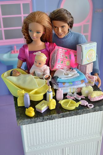 Best 25 barbie happy family ideas on pinterest pregnant barbie barbie toys and barbie playsets - Barbie barbie barbie barbie barbie ...