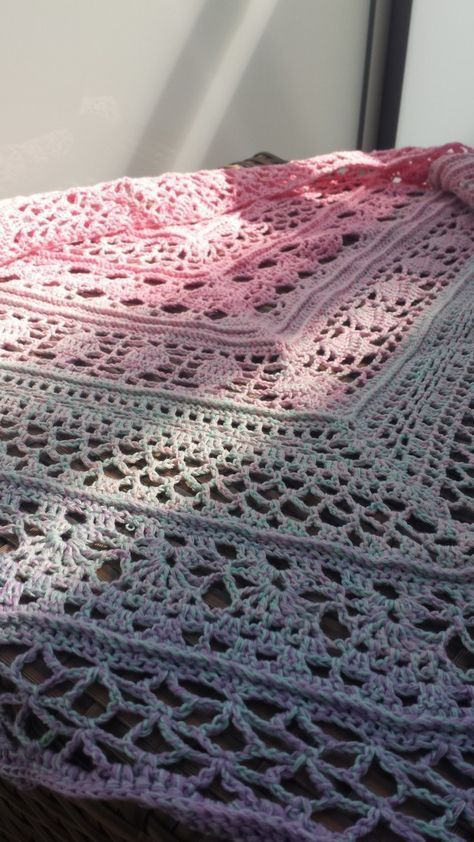Photo of … a scarf according to a free instruction from ravelry, crocheted with a 2,75 -…, #anleitu …