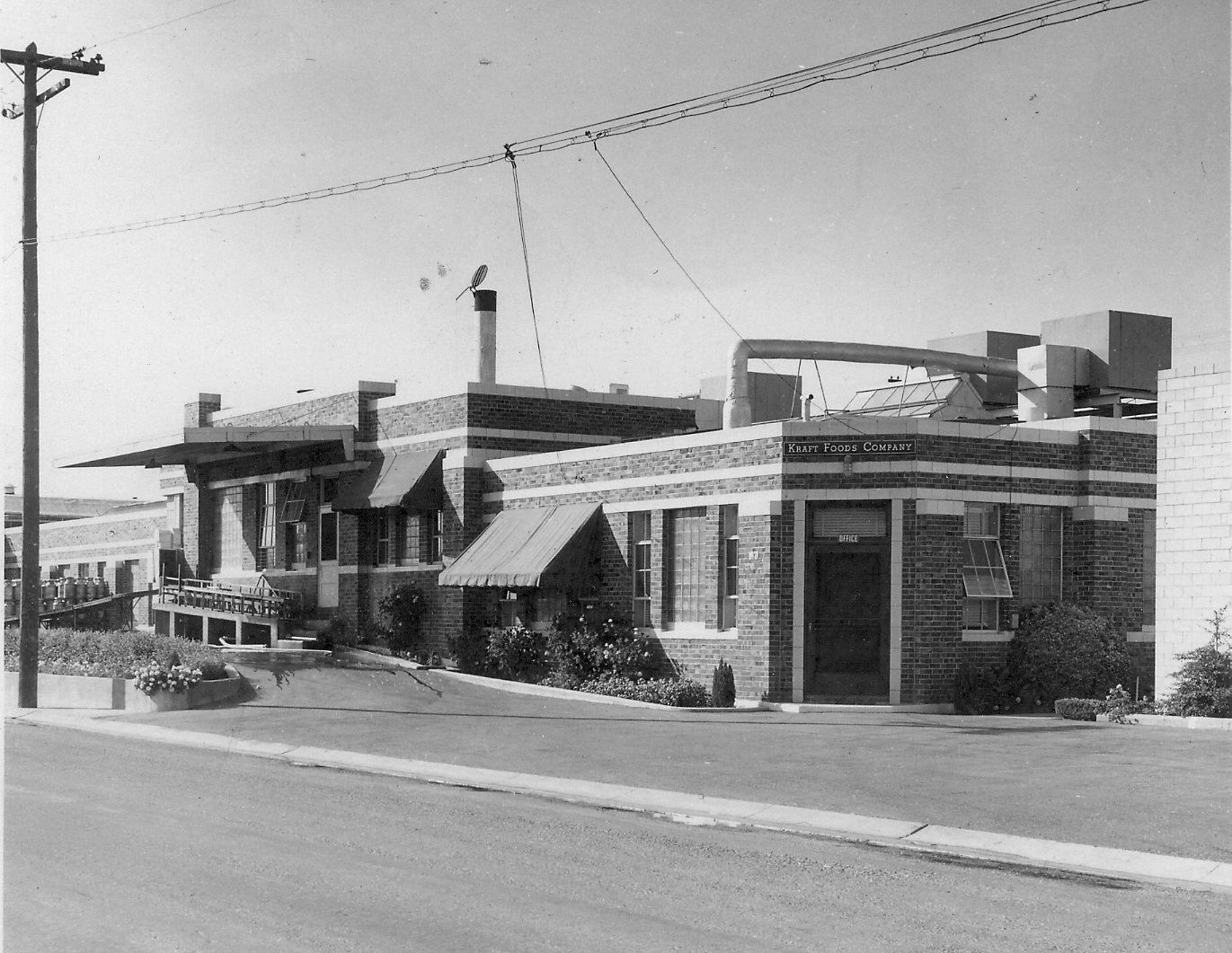 Kraft foods company first opened in manteca in 1921 it