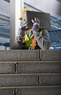 How To Mix Mortar For Ceramic Tile Cinder Block Walls Block Wall Cinder Block Foundation