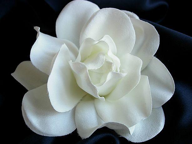 Gardenias The Fragrance Of Heaven Flower Hair Clips Wedding Wedding Hair Clips Flower Hair Clips