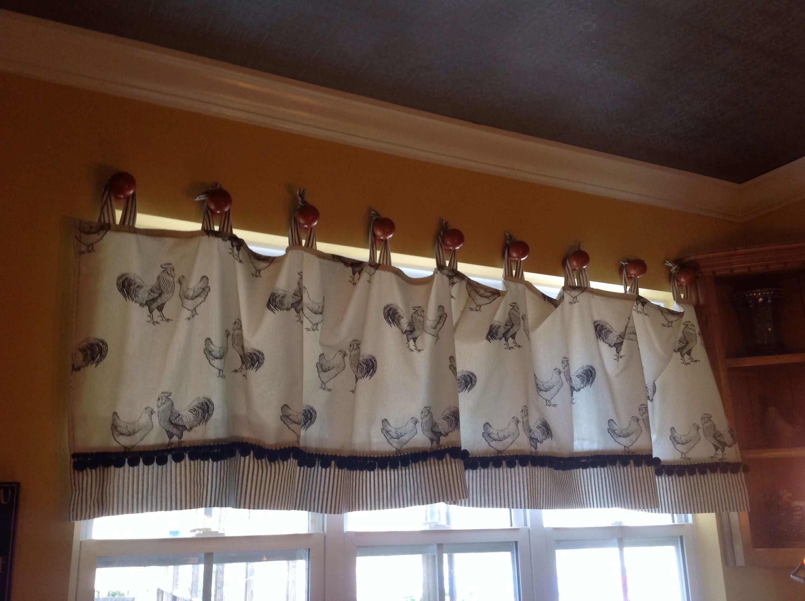 Hanging Valance Alternative To Using A Tension Rod I