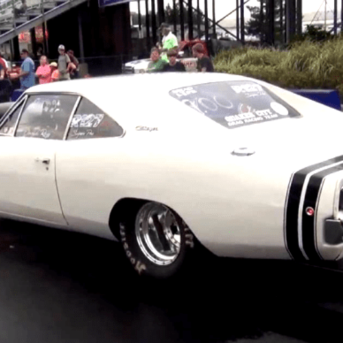 Hot American Cars See This 1968 Dodge Charger Pulling 9 Sec Passes