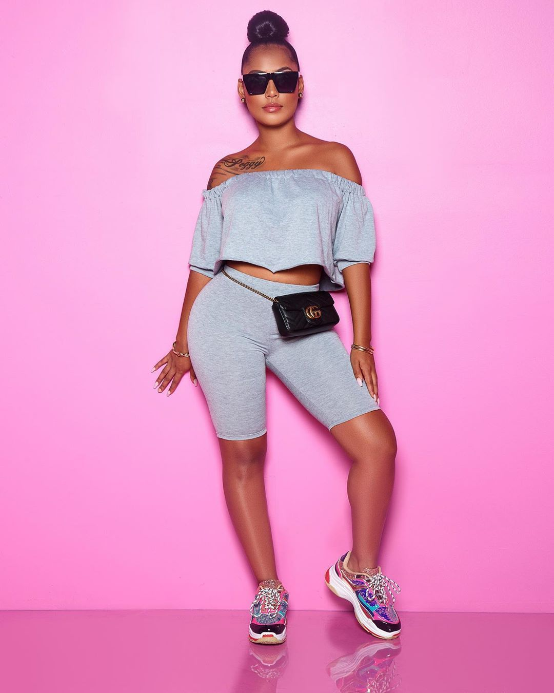 Chic Couture Online on Instagram New for Summer  Search Kikas Set  Flag Tennis Shoes Chic Couture Online on Instagram New for Summer  Search Kikas Set  Flag Tennis Shoes...