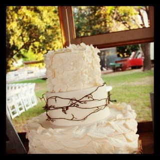 The Good Apple: Rustic Wedding Cake