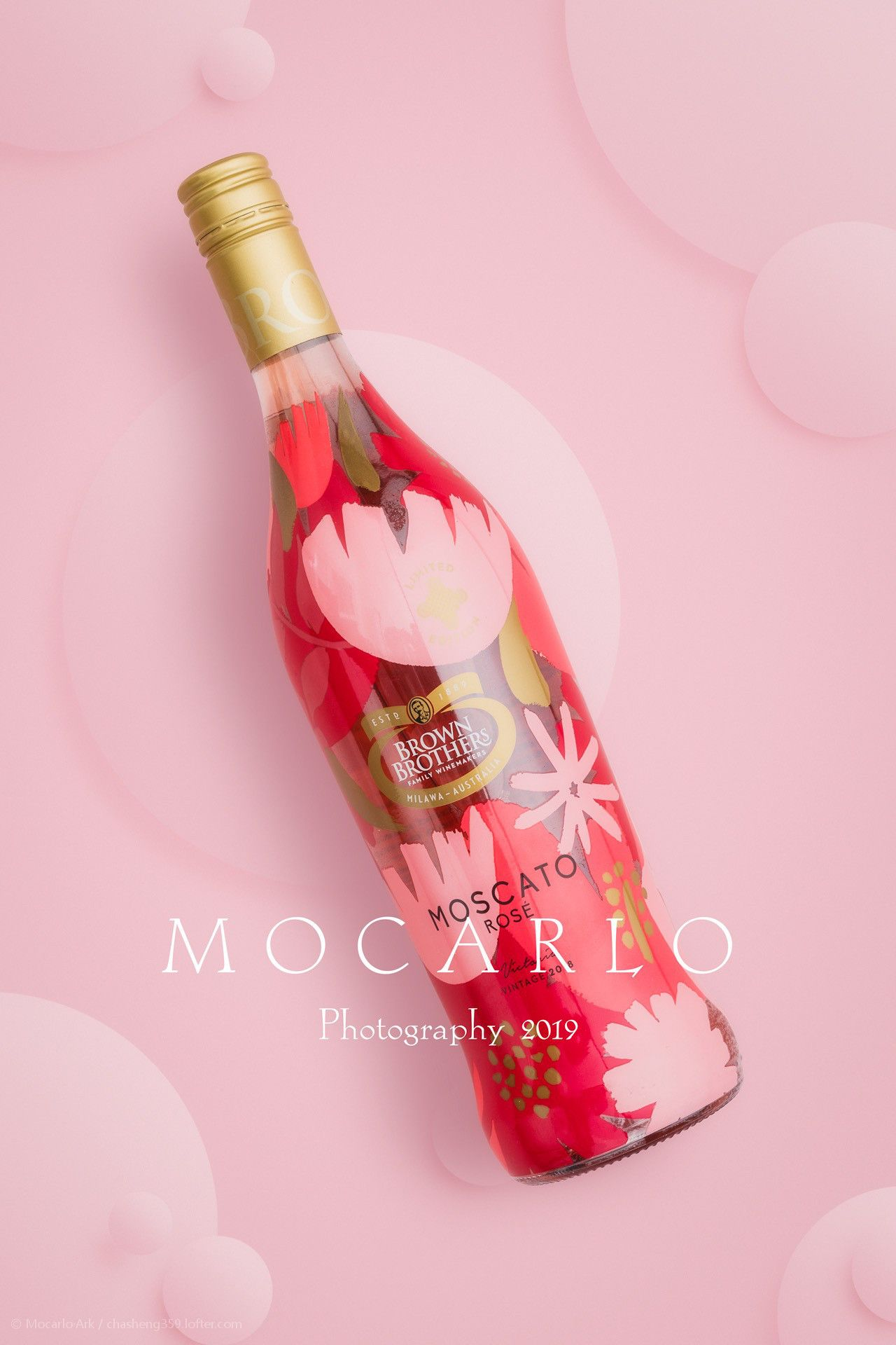 Pin By Ms Mie On Commerical Style Photography Wine Bottle Rose Wine Bottle Bottle