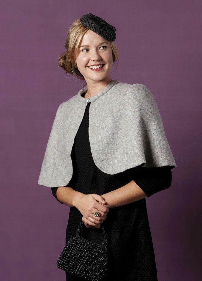 http://peppermintmag.com/sewing-school/issue-14-winter-wool-cape/