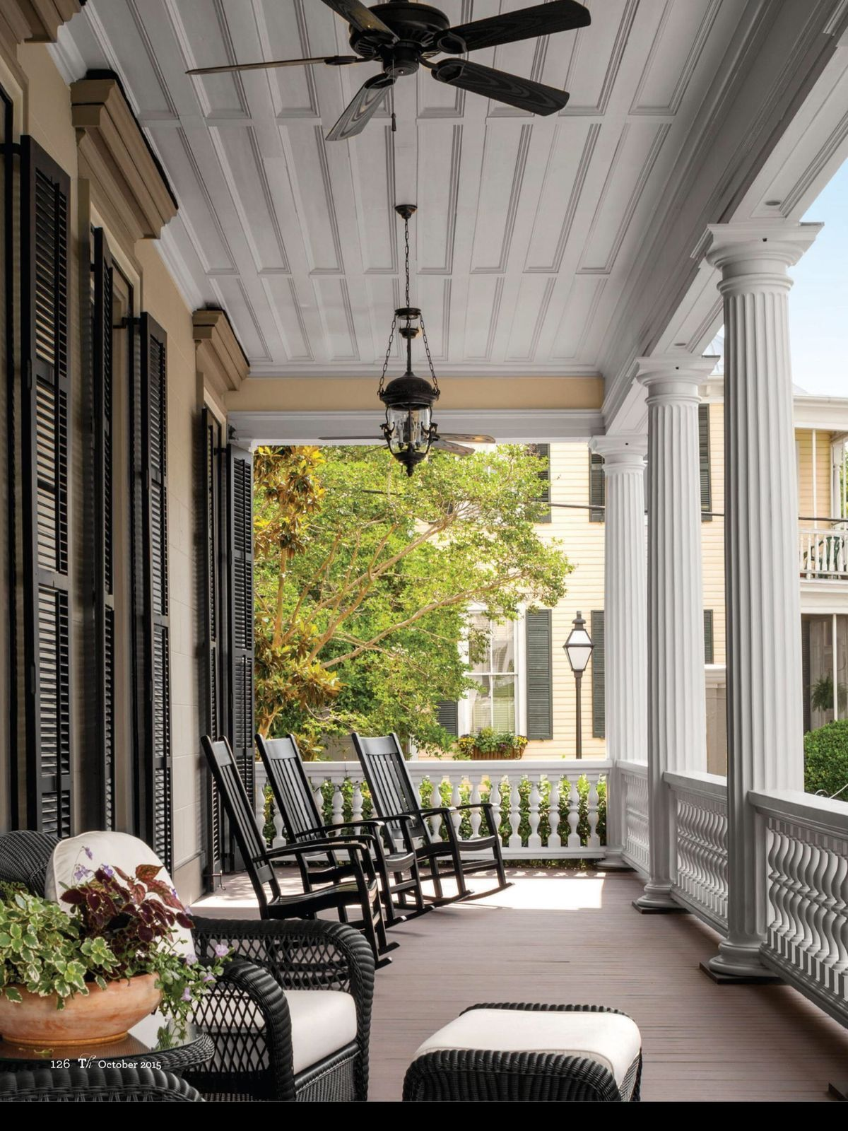 Pin by Karen McCreary on Southern Home | Modern farmhouse ... on Farmhouse Outdoor Living Space id=91392