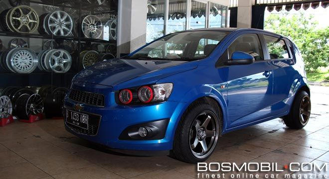 Dress Up Chevrolet Aveo Pakai Velg Concave Bosmobil Com Chevrolet Velg