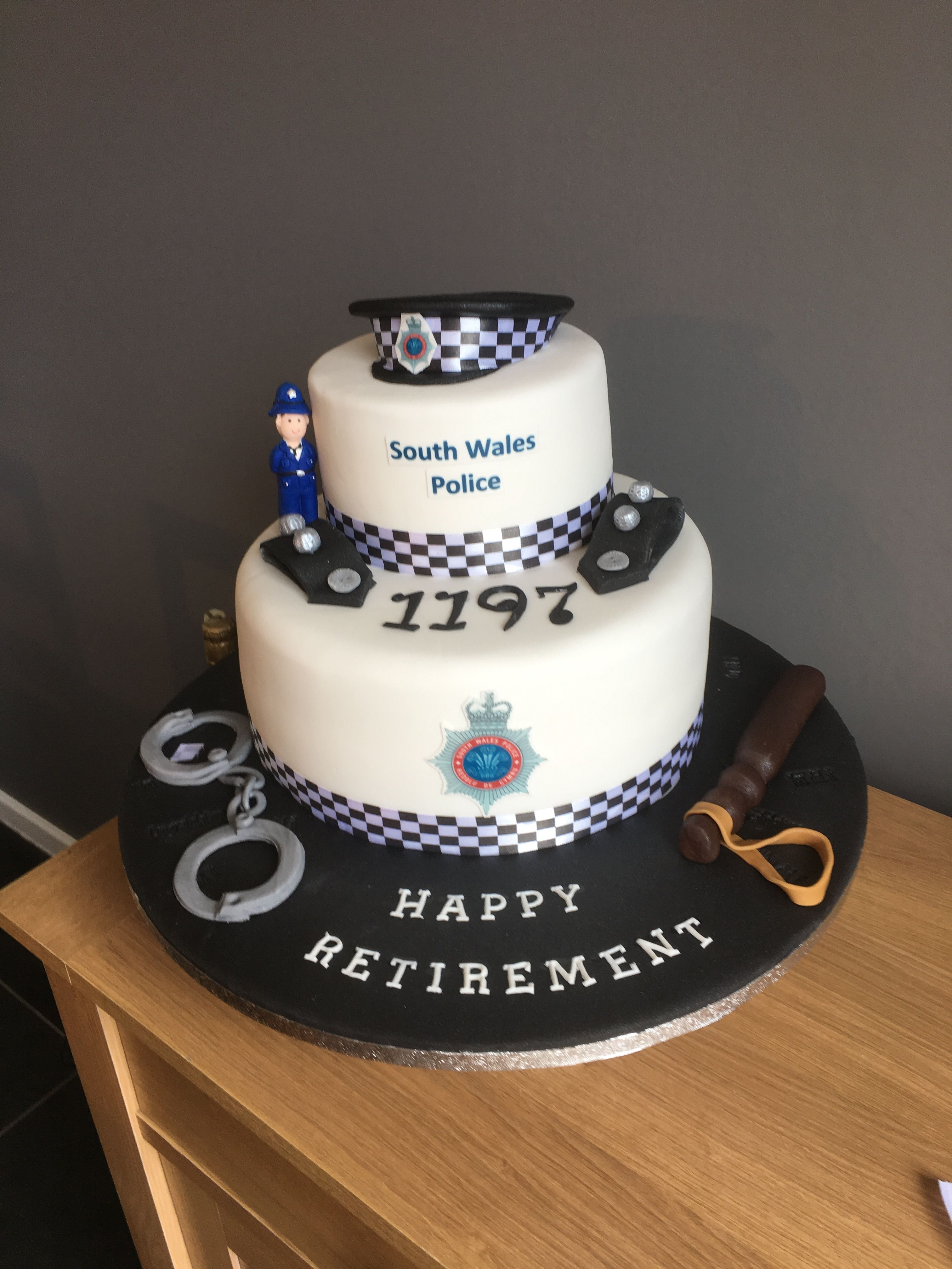 Police Retirement Cake Retirement Party Cakes Retirement Cakes