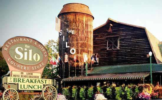 This Restaurant Is A Reconstructed Barnsilo That Was Transported In