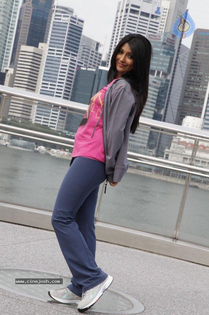 Radhika pandit hot sexy