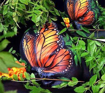 Google+ Cuerpo pintado de mariposa Monarca