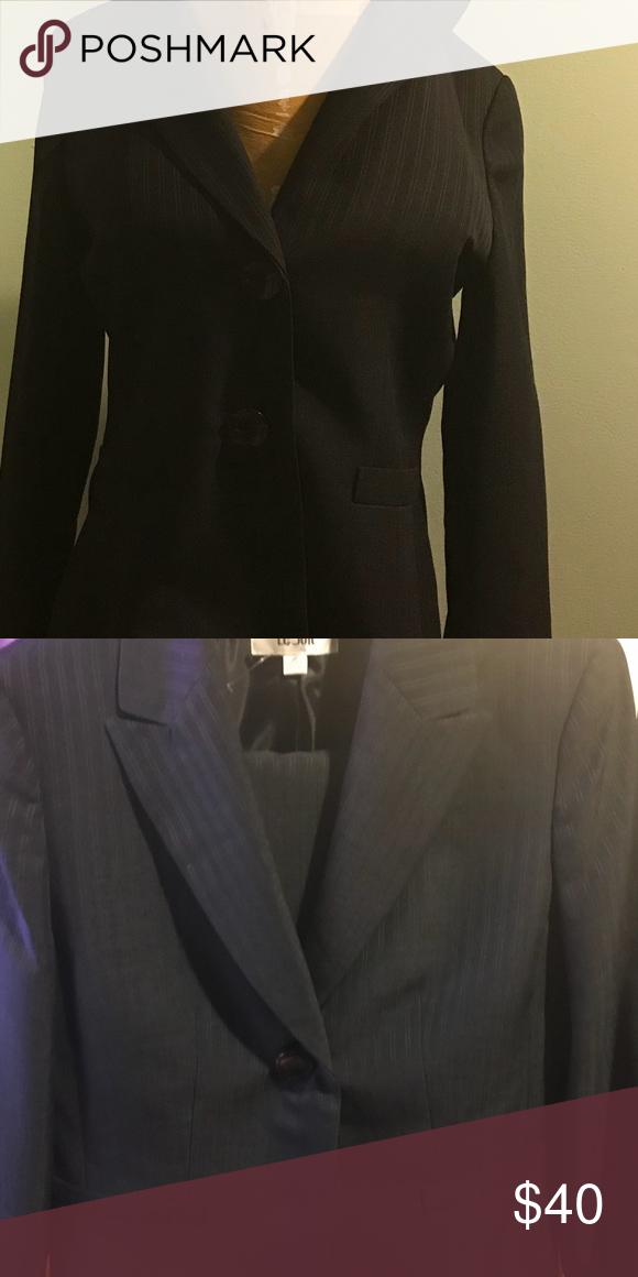 Women S Size 10 Pinstripe Business Suit In 2018 My Posh Picks