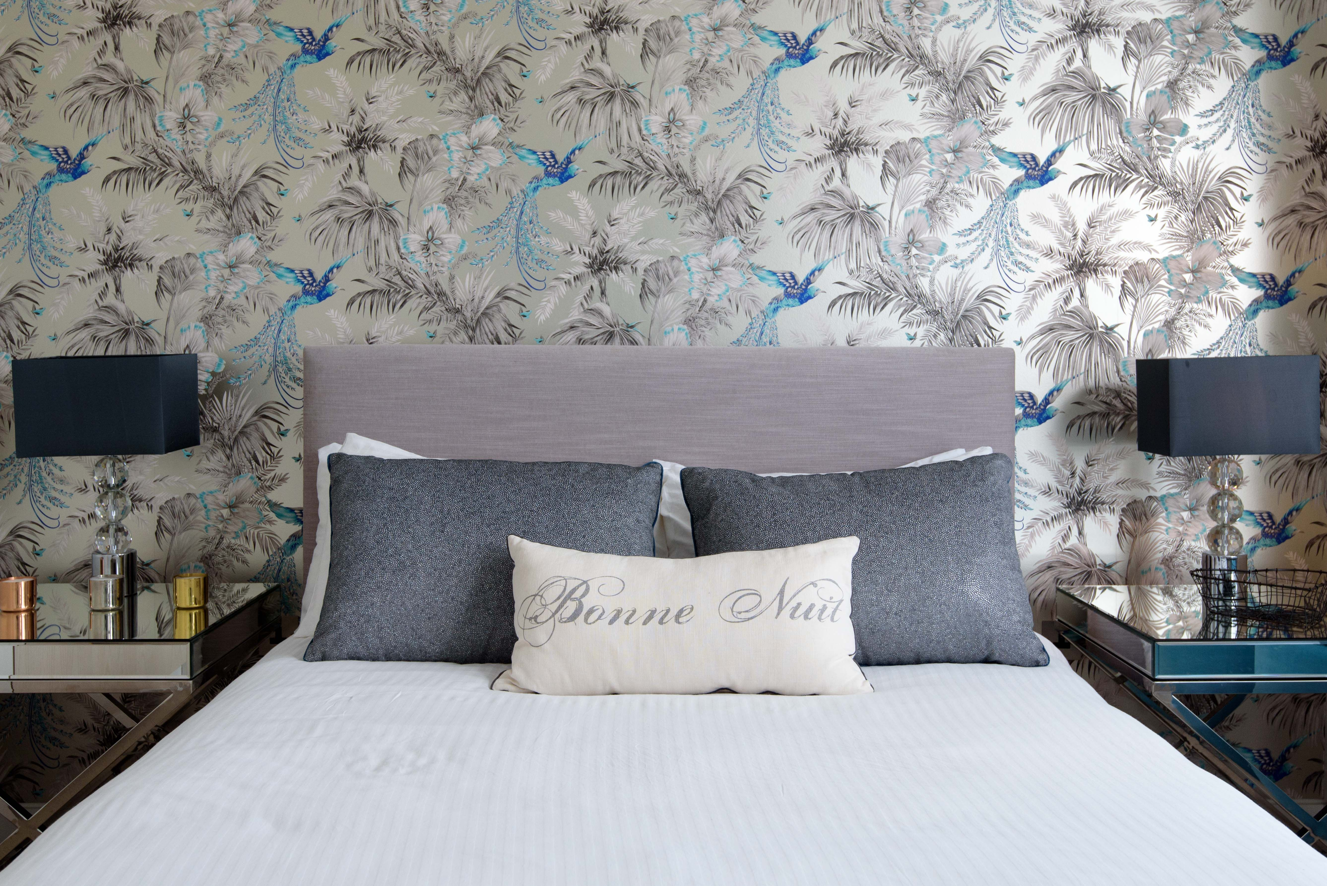Matthew Williamson Birds of Paradise wallpaper for Osborne