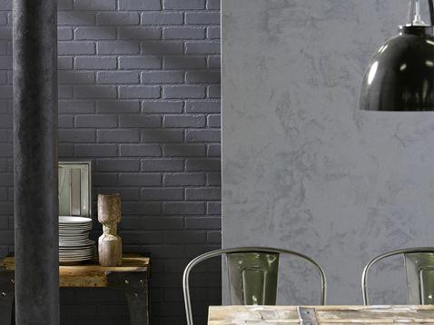 Peinture à effet sablé gris et mur de briques peint en gris ...