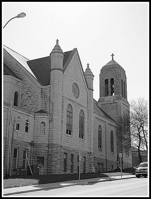 St Anthony S Side View Kansas City Missouri Kansas City Kansas
