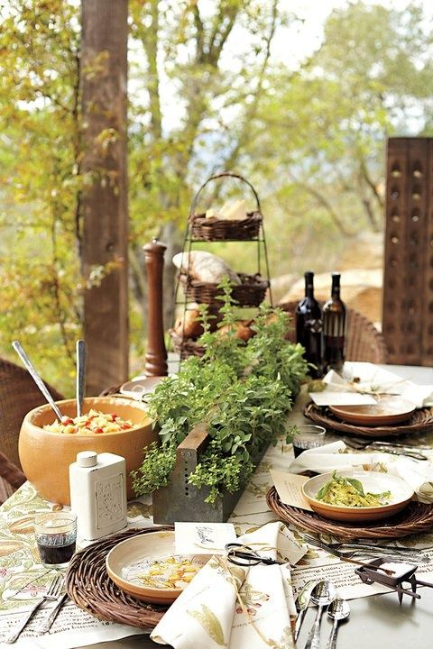 Outdoor Living For Fall Dinner Party Table Settings