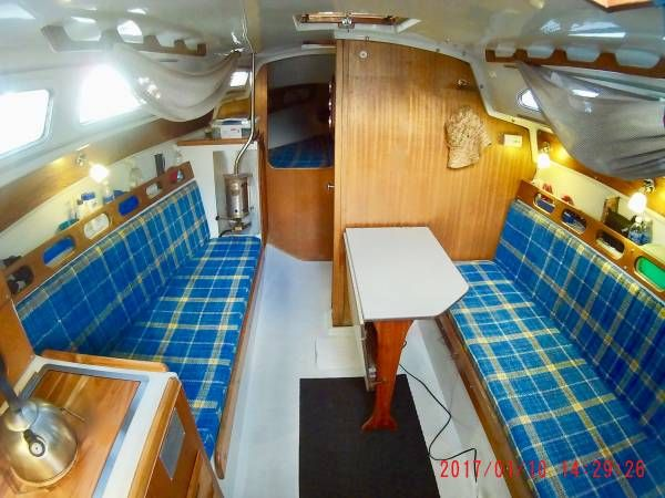 Ericson 27 W Rebuilt Yanmar 2gmf Boat Decor Sailboat Interior Interior