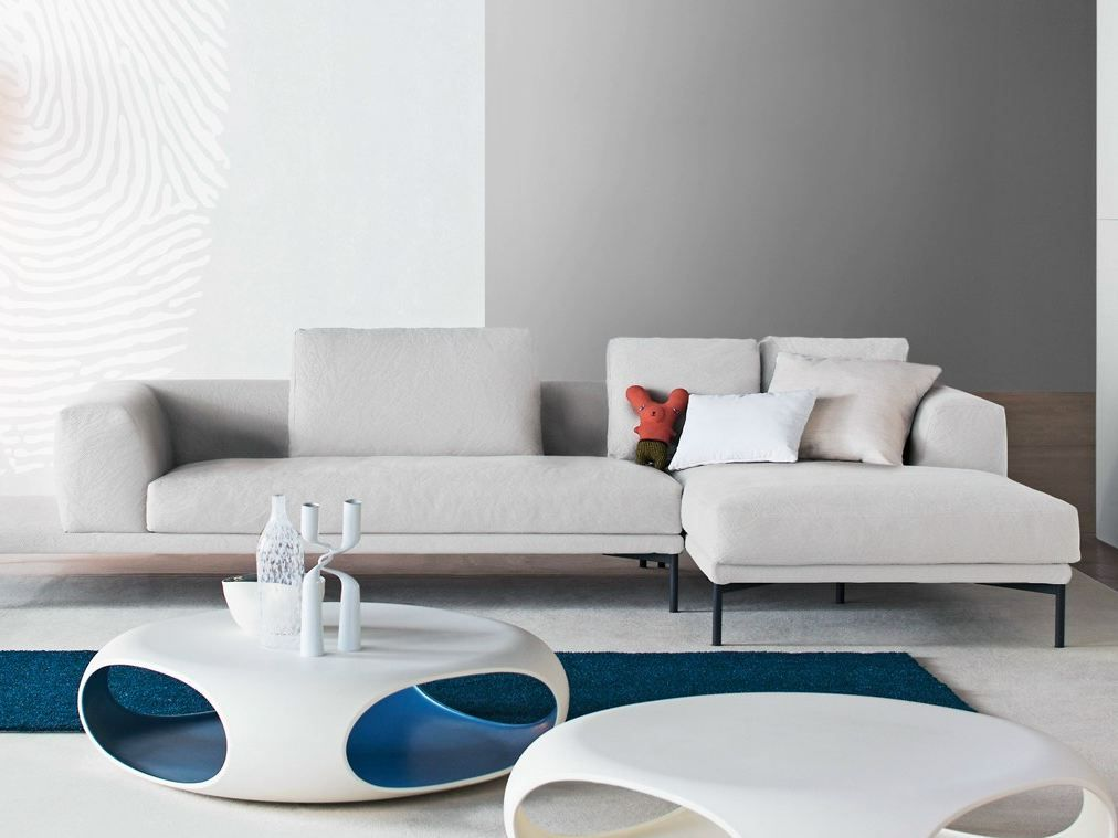 MARC U Sofa with chaise longue by Bonaldo design Mauro Lipparini