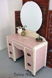 Makeup Vanity Vintage Art Deco 19 Ideas #kitchengarden #gardenflowers #gardensby...