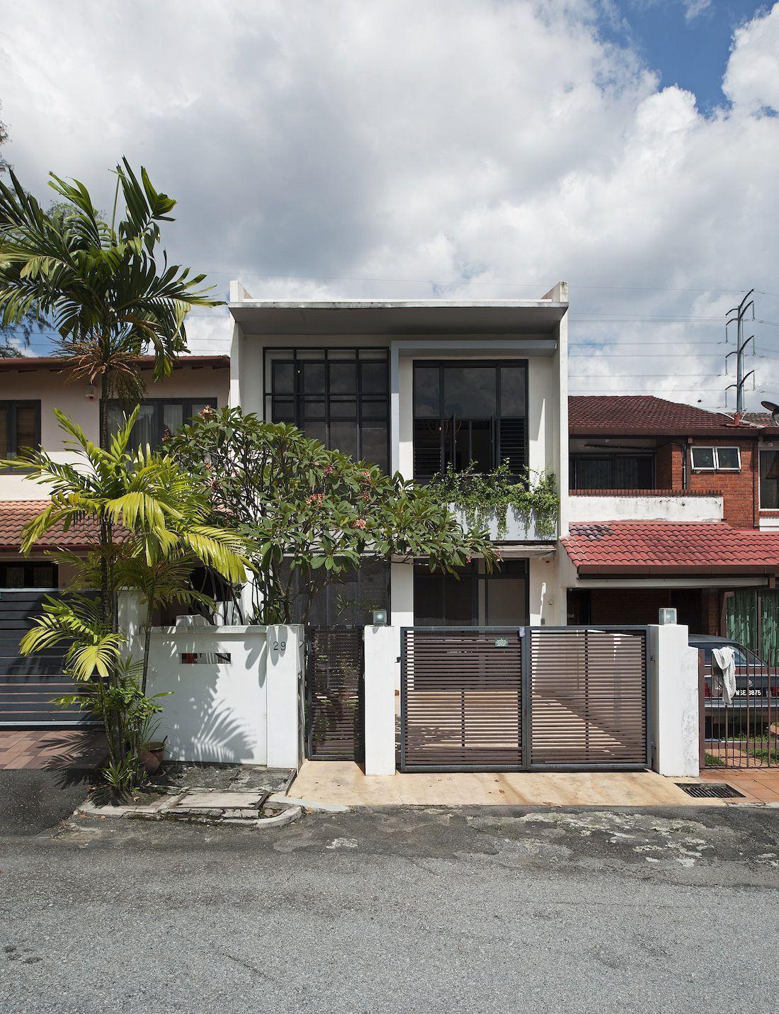 Discreet Modern Terrace House Exterior Hides A Stunning