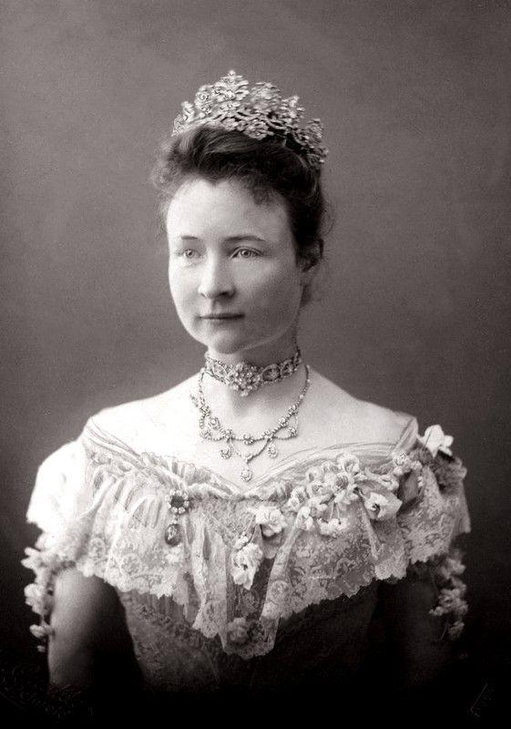 Princesa Bertha de Hesse-Philippsthal-Barchfeld (1874-1919), pouco depois de seu casamento com Leopoldo IV, príncipe de Lippe.Early 1900.