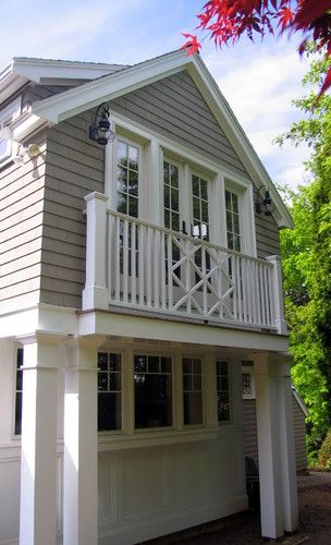 Wooden Balcony Design: Shingle Color With White Trim