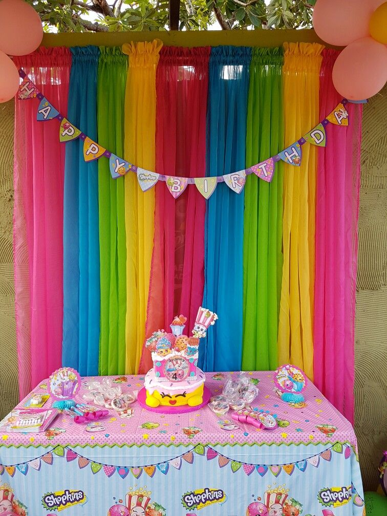 Jeanny 39 s shopkins party decoration by me shopkins for B day decoration ideas