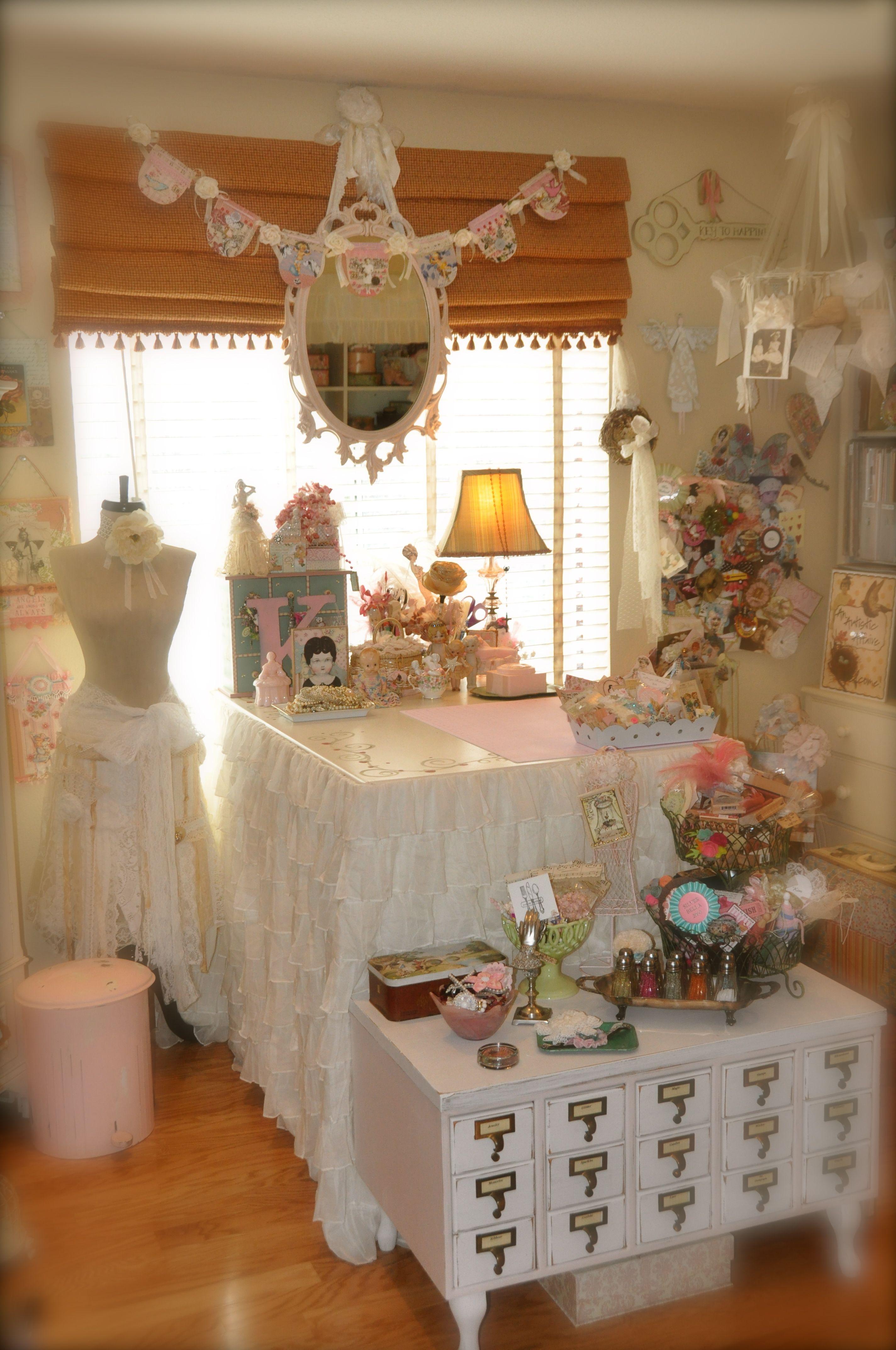 10x10 Room Layout Craft: Kim Caldwell's Craftroom (mit Bildern)
