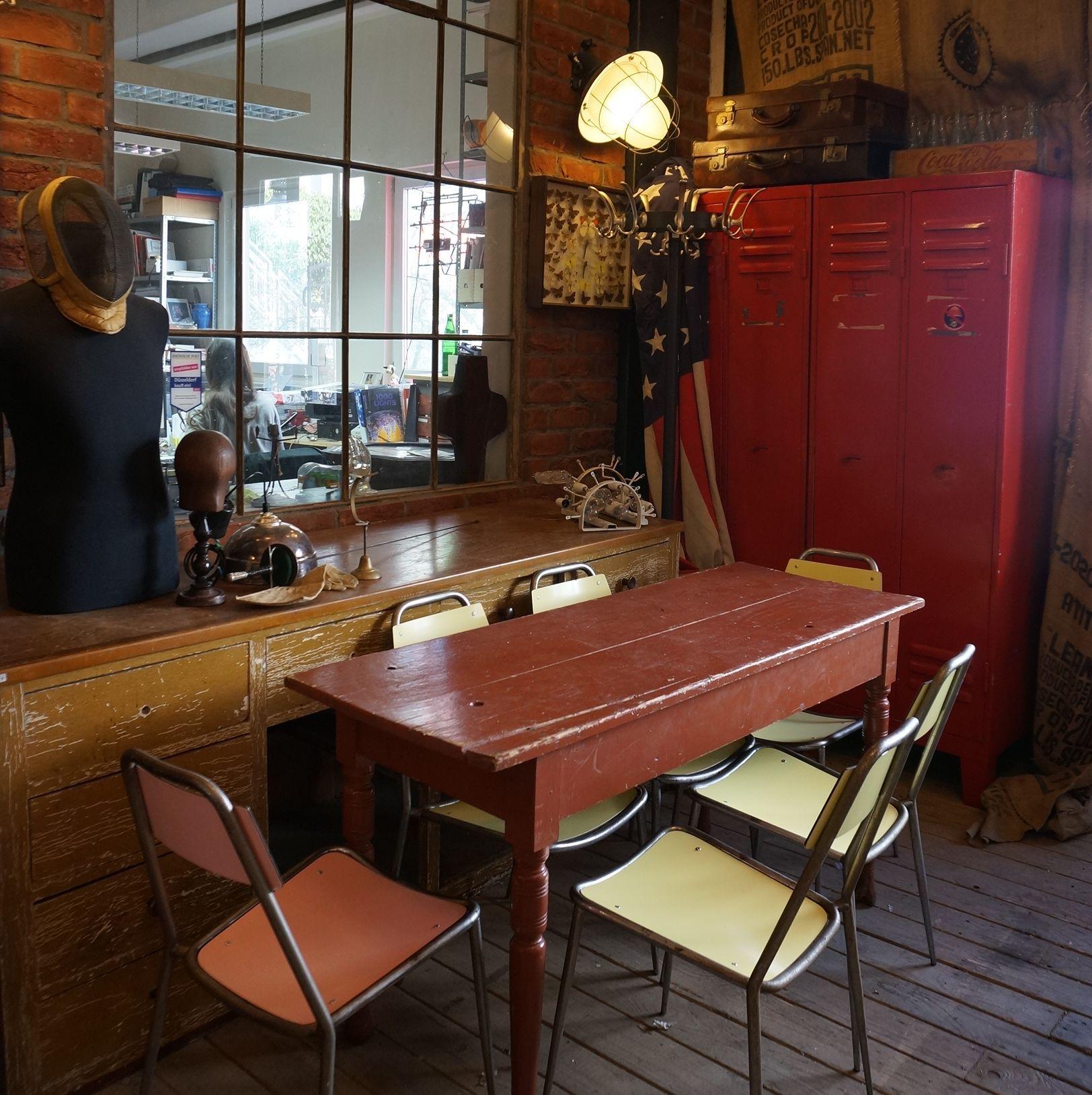 Antik Möbel Düsseldorf wandel loft industrial industriefenster spind iindividuelles wohnen