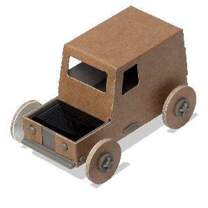 autogami est une petite voiture en carton monter soi m me et propuls e l 39 nergie solaire. Black Bedroom Furniture Sets. Home Design Ideas