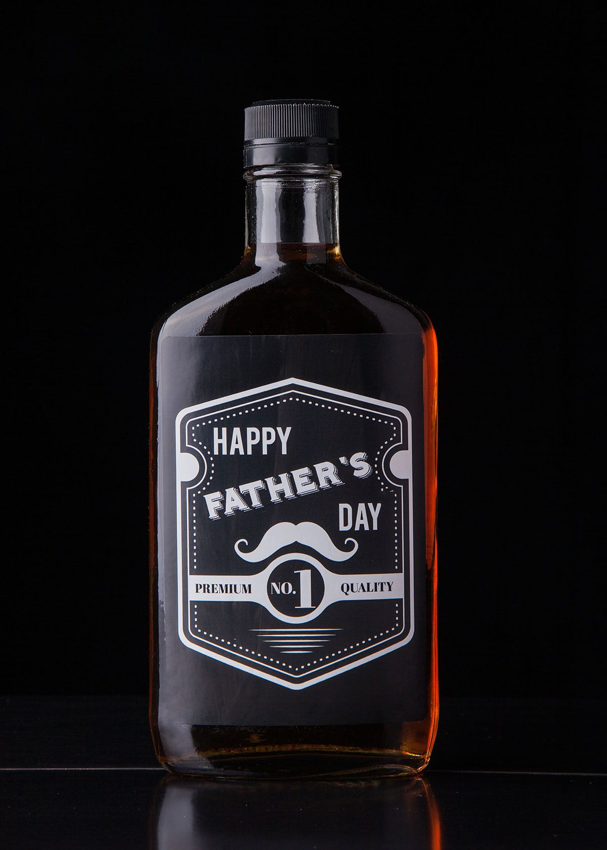 Give the gift of whiskey to wish your dad a happy fathers