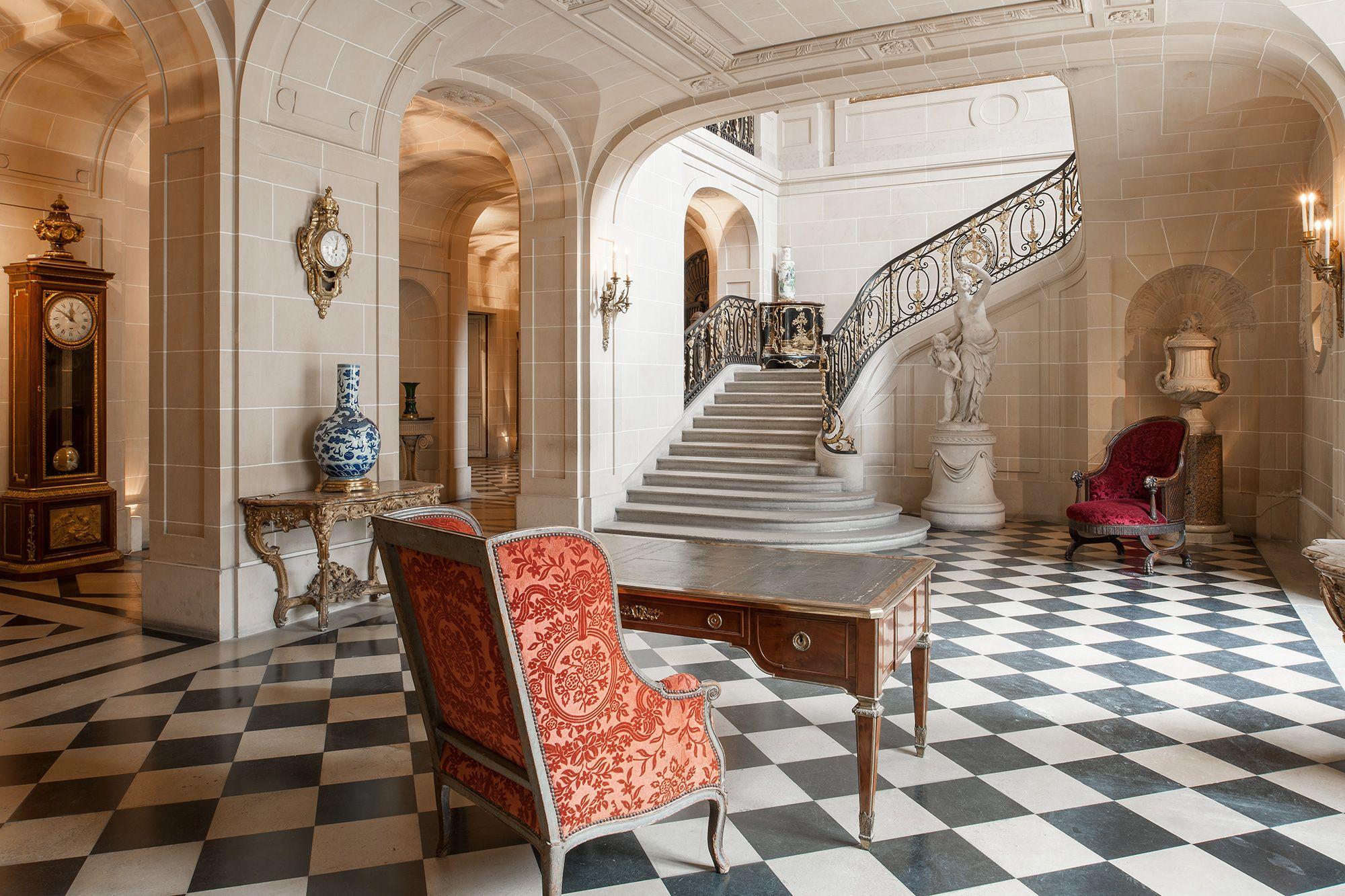 Mus e nissim de camondo entr e corridor escalier pinterest moise sergent et monceau - Idee decoratie interieur corridor ...