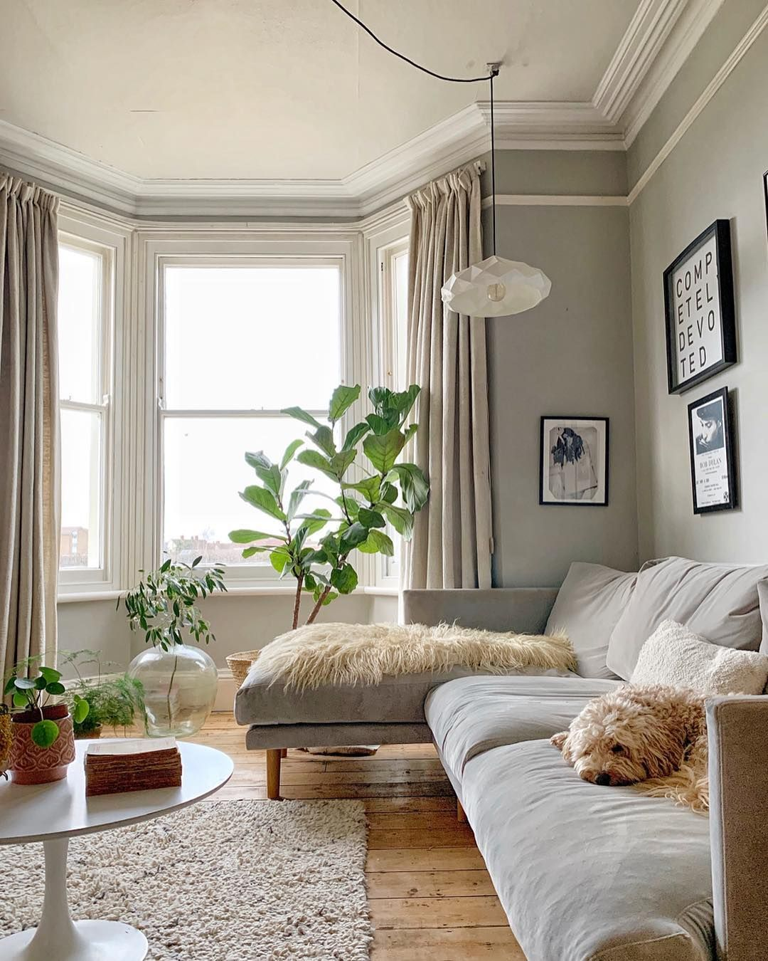 22 Tips For Couples Moving In Together Extra Space Storage Cosy Living Room Victorian Living Room House Interior Extra space in living room