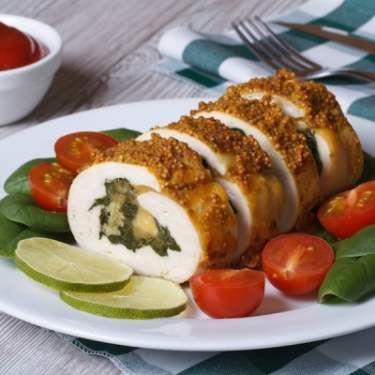 Spinach And Mozzarella Stuffed Chicken