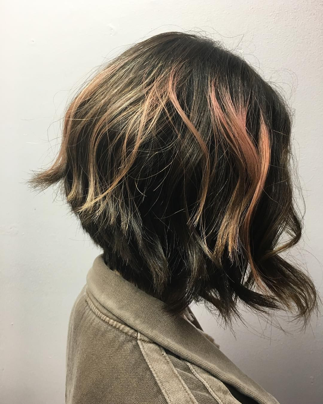 Stylish short hairstyle designs for women over best short