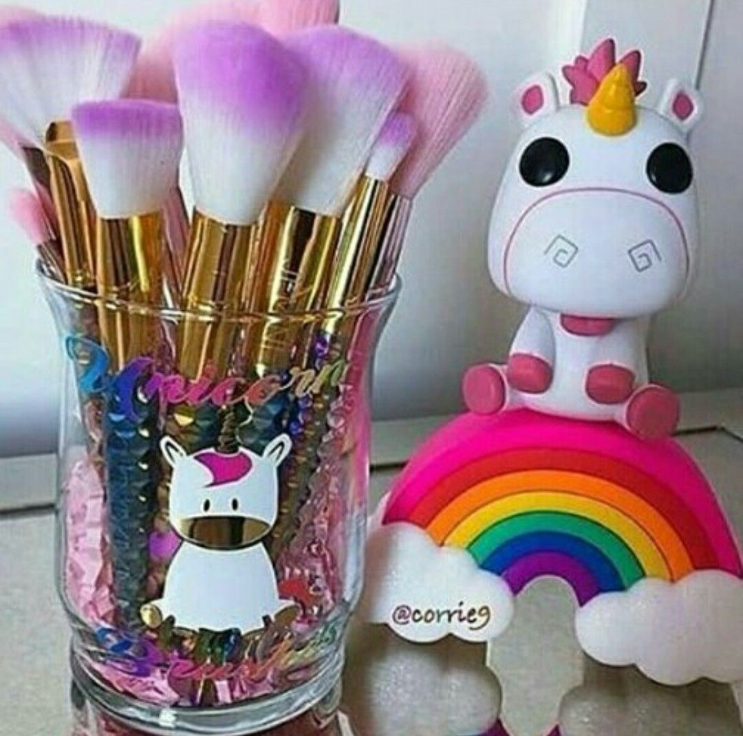 I want the unicorn and rainbow on the right! Pinterest: @Kat Dev ...
