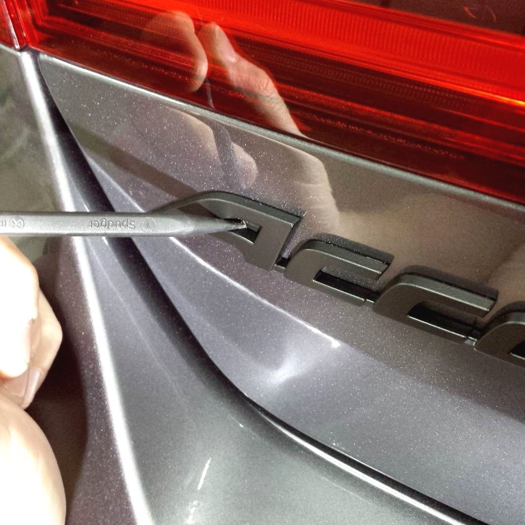 Always Keep That Spudger Tool Handy Clean Those Hard To Reach Areas Safely Plastidip Dipyourcar Protip Are You Looking For The Best Car Car Jeep Car Audio